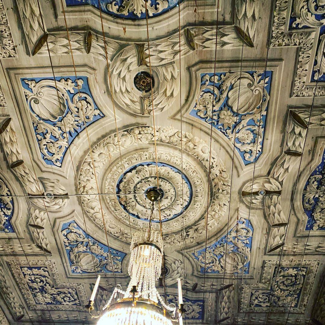 Vill du uppleva vårt vackra slott och njuta av en härlig natur?! Boka en slottsweekend hos oss! Läs mer på www.ostermalma.se